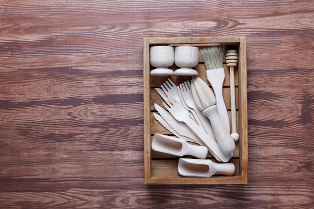 Conjunto de utensílios de cozinha de madeira, vista superior