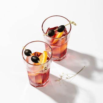 Conjunto de vista superior de cocktails de verão