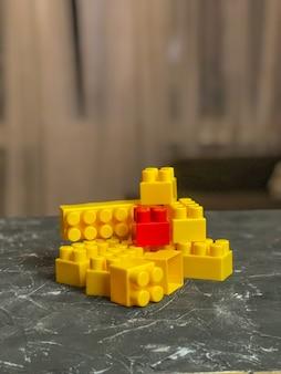 Conjunto infantil lego, cores diferentes. jogo infantil