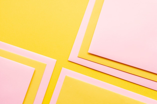 Conjunto rosa de folhas de papel decorado