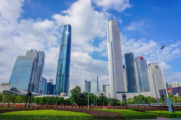 Construção de grande cidade escritório de viagens de negócios