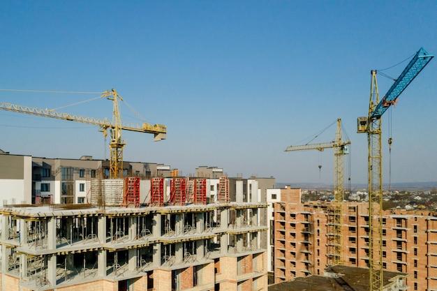 Construção de prédios altos