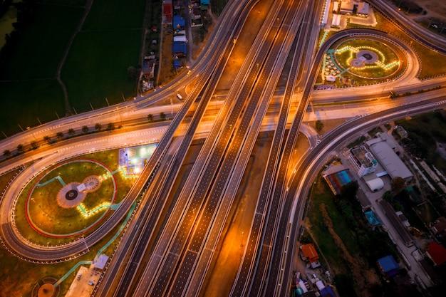 Construção de um novo intercâmbio rodoviário