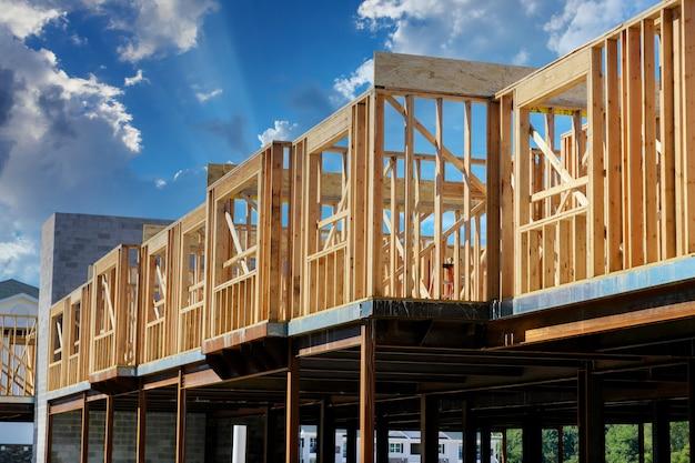 Construção de vista exterior nova casa residencial.