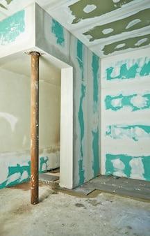 Construção do quarto interior drywall-plasterboard