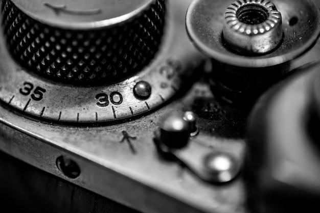 Contador, botão do obturador e alavanca de rebobinamento da câmera vintage rangefinder