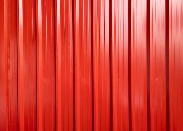 Contêiner de carga metálico vermelho de superfície brilhante para envio e transporte