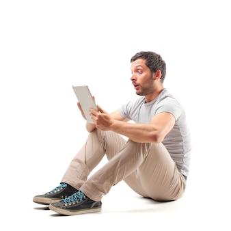 Conteúdo on-line surpreendente em um tablet