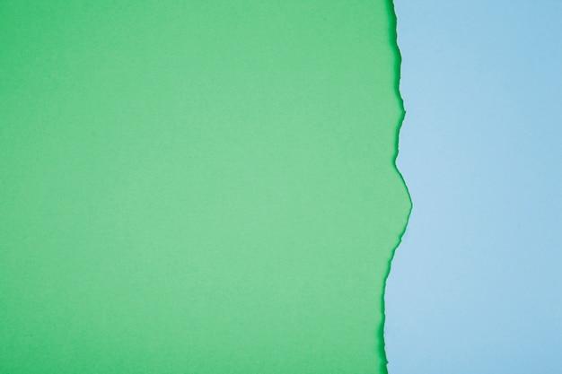 Contexto de papel rasgado colorido