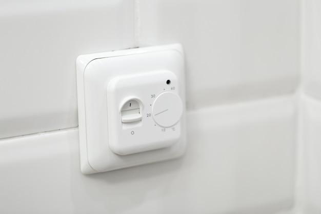 Controle digital de termostato climático