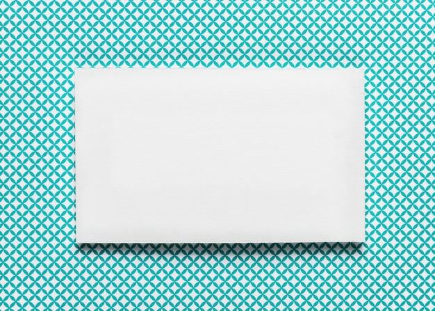 Convite de casamento elegante envelope branco