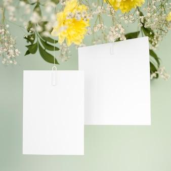 Convites de casamento em branco close-up