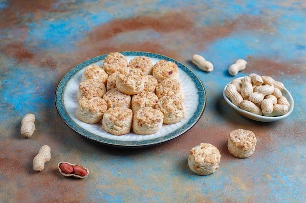 Cookies de amendoim caseiros.