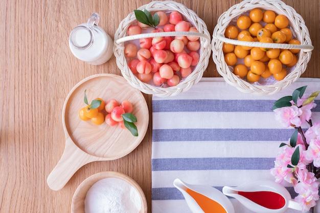 Copie a toalha de mesa espaço com deletable frutas imitação, fruit shaped mung beans