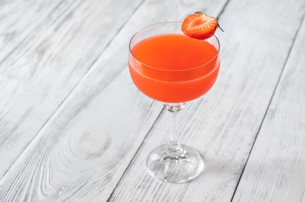 Copo de bitter fraise coquetel de chambéry