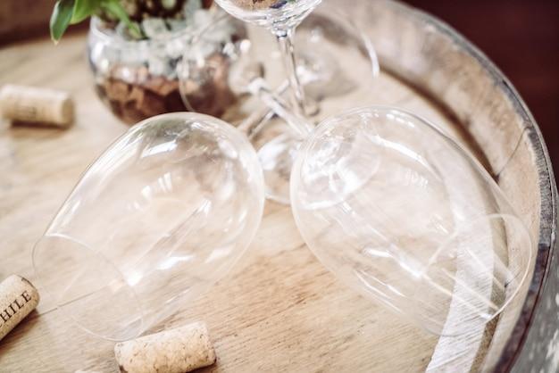 Copo de vinho vazio