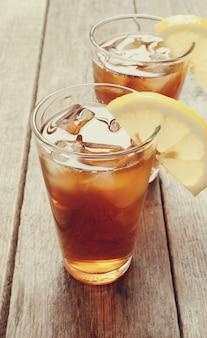 Copos de chá gelado