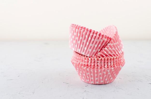 Copos de papel para cupcakes e muffins