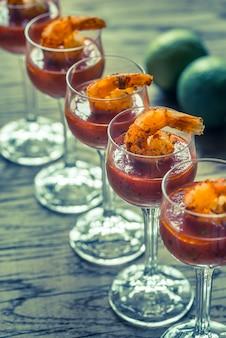 Coquetéis de camarão