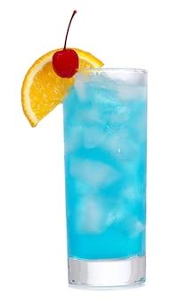 Coquetel blue curacao com laranja no branco