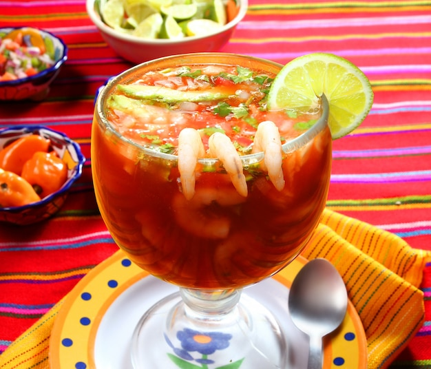 Coquetel, de, camarões, marisco, mexicano, estilo, molho pimenta