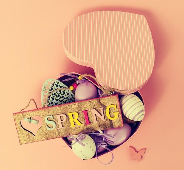 Coração caixa de primavera cumprimento doce