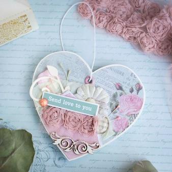 Coração de papel artesanal romântico