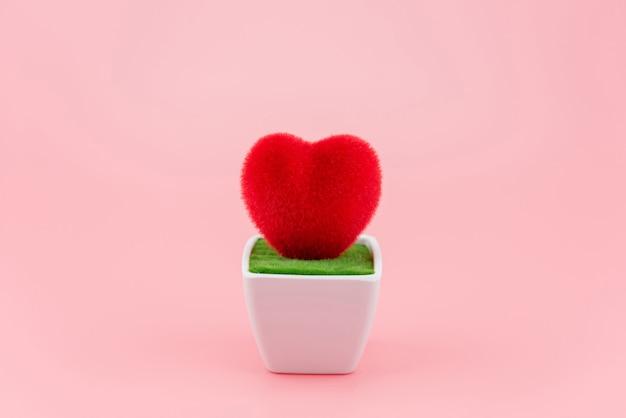 Coração em forma de vaso branco