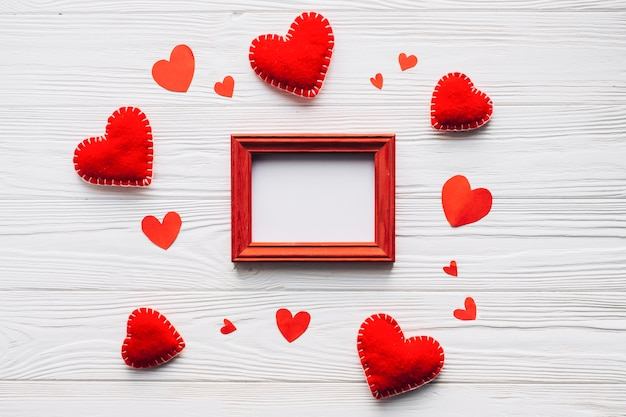 Corações em volta do quadro