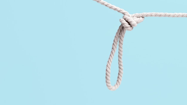 Corda branca forte de corda pendurada