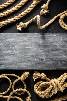 Corda de navio com textura de fundo preta