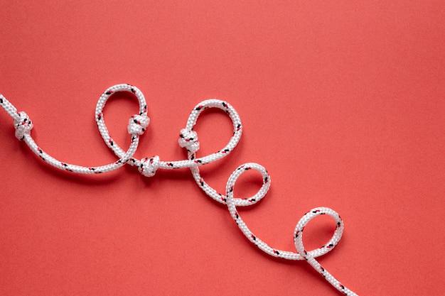 Cordas de marinheiro planas com nó
