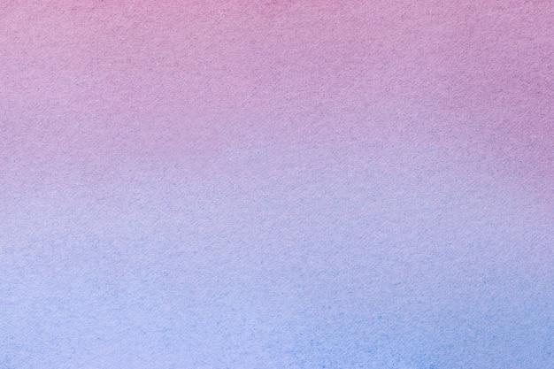 Cores roxas e azuis do fundo da arte abstrata. pintura em aquarela sobre tela com gradiente lilás suave. fragmento de arte em papel com padrão violeta. pano de fundo de textura.