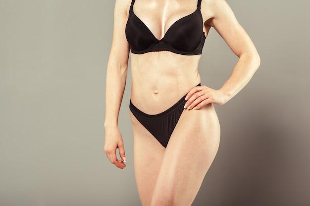 Corpo da mulher bonita magro