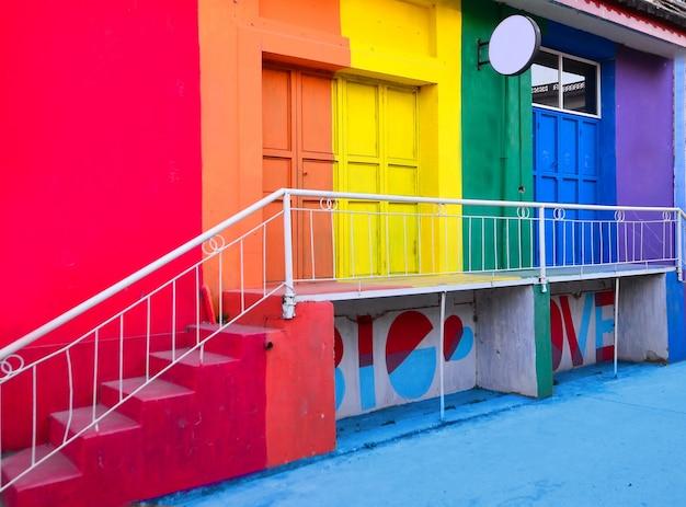 Corredor, telhado, arco íris, predios, singapore