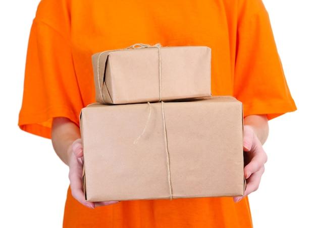 Correio com caixas de pacotes, em branco