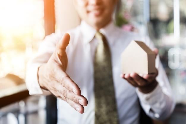 Corretor profissional imobiliário