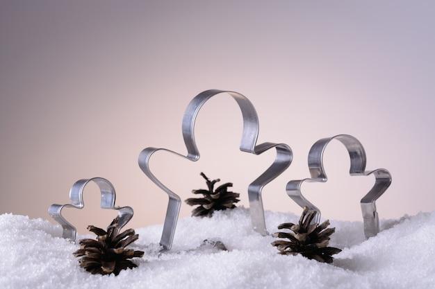 Cortadores de biscoitos para biscoitos de natal na neve
