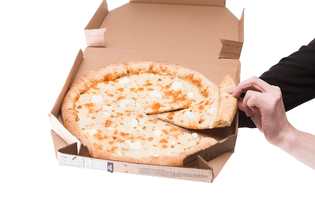 Cortar as mãos com pizza