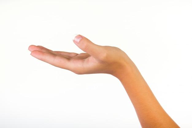 Cortar tiro de mão em concha de uma mulher