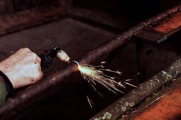 Corte de aço com plasma