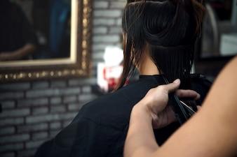 Corte de cabelo de mulheres bonitas