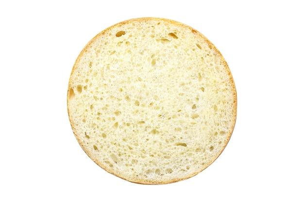 Corte redondo do pão, dentro é massa cozida com poros isolados no fundo branco com traçado de recorte.