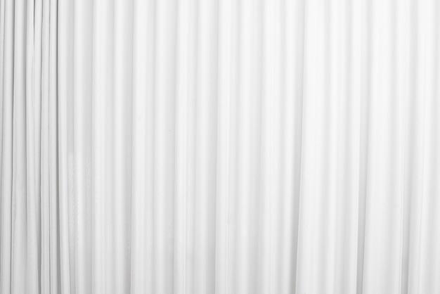 Cortina de fundo preto e branco