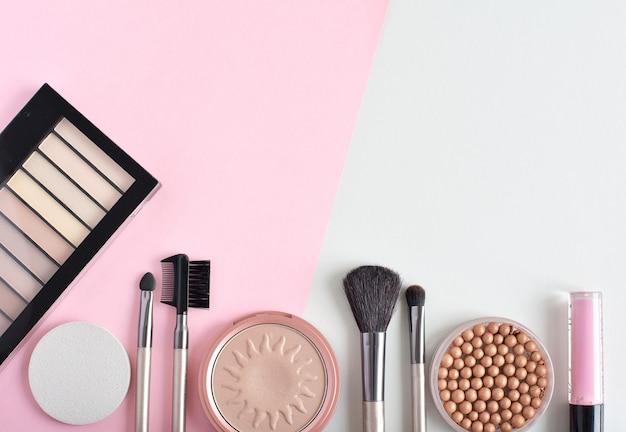 Cosméticos decorativos, produtos de maquiagem e ferramentas