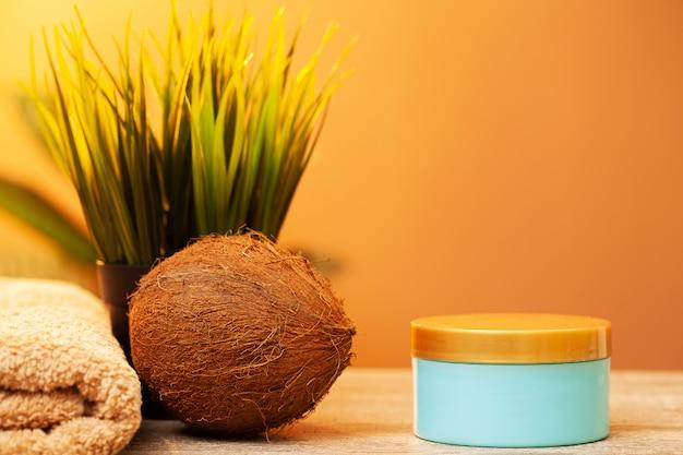 Cosméticos naturais à base de óleo de coco para tratamento de spa