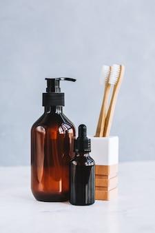 Cosméticos naturais e produtos ecológicos para cuidados corporais