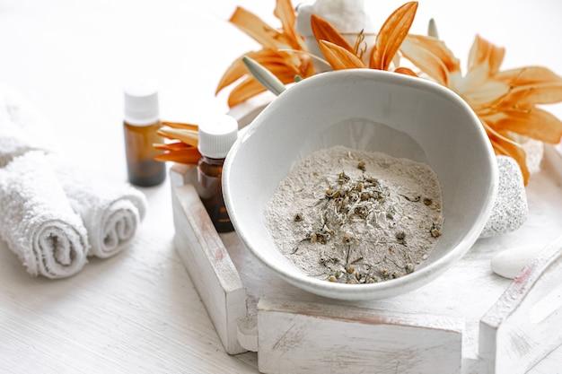 Cosméticos naturais para tratamentos de spa em casa ou em salões, cuidados cosméticos com a pele.