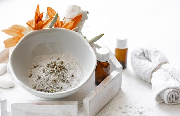 Cosméticos naturais para tratamentos de spa em casa ou em salões de beleza, cuidados cosméticos com a pele.