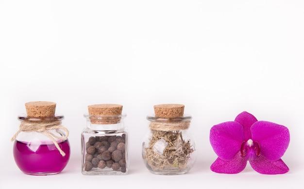 Cosméticos, óleos e ervas naturais